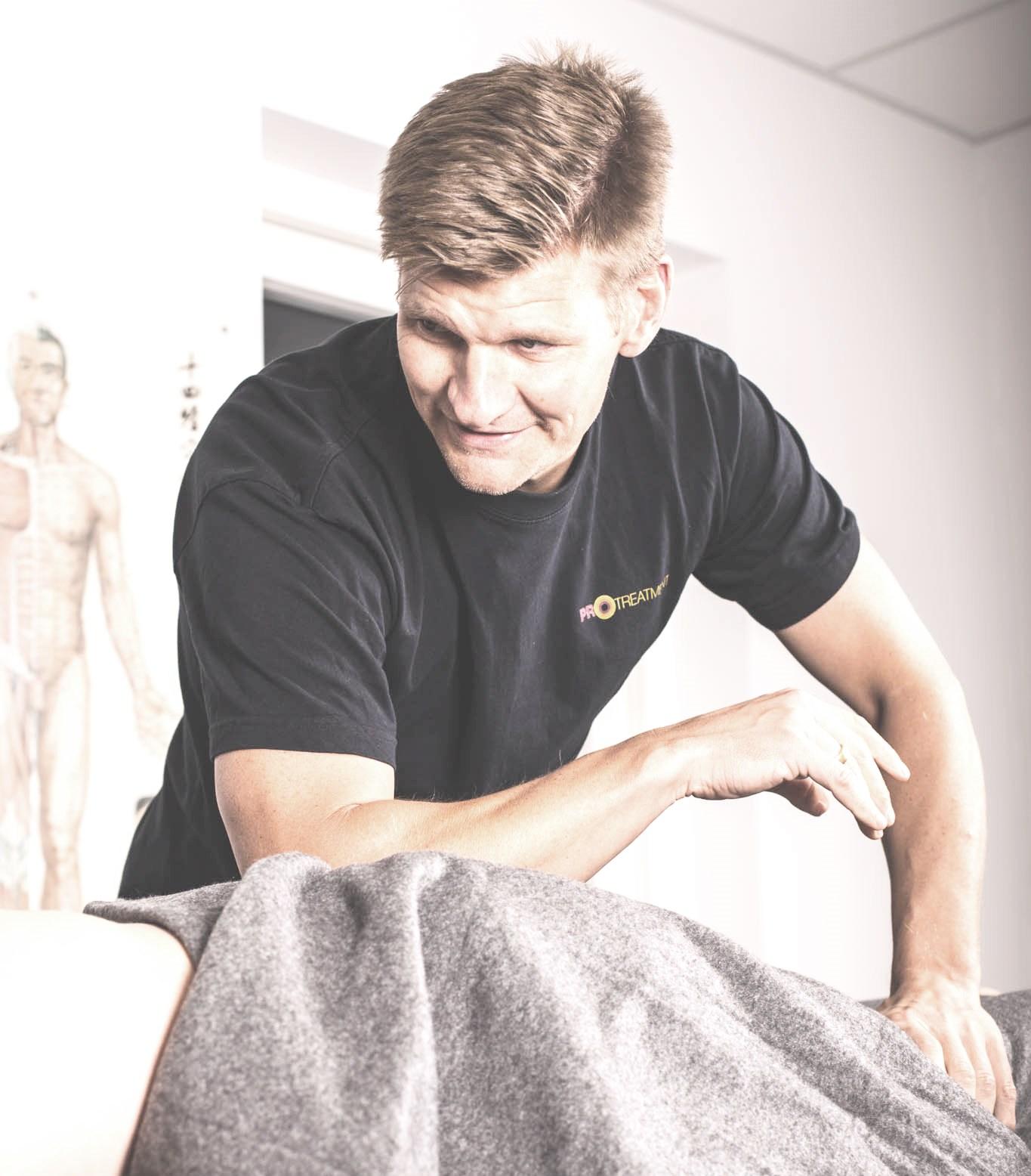 Portræt af Fysioterapeut Thomas Jørgensen